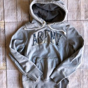 Vintage Abercrombie & Fitch Sweatshirt Small Top